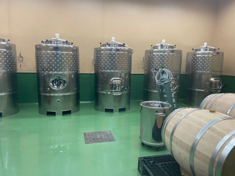整理整頓、清掃の活き届いた醸造場