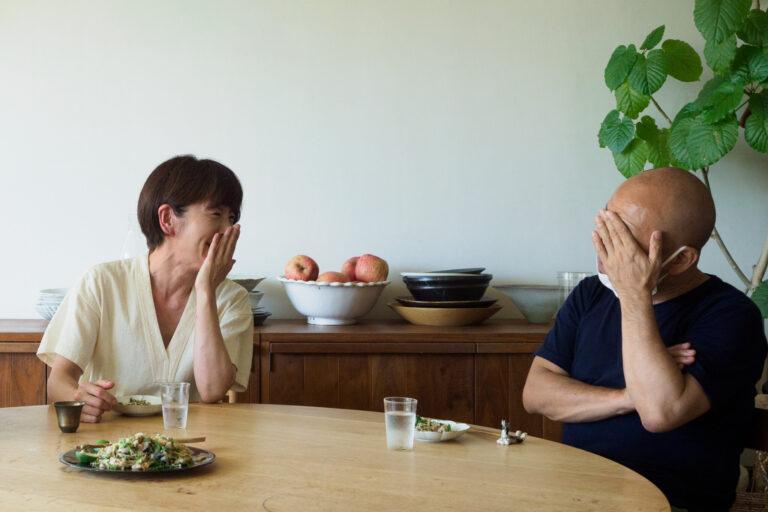 【出張篇】料理家ワタナベマキさん宅へ出張!夏の香りが詰まった香味野菜にぴったり「櫛羅 純米 無濾過生原酒」~『伊藤家の晩酌』第二十六夜2本目~