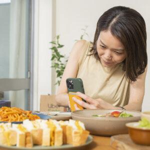 食べる前にお約束の撮影タイム。写真映えもばっちりです。
