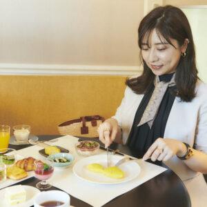 「シェフの方が目の前で作ってくれる卵料理の種類が多い!」(菅原さん)。