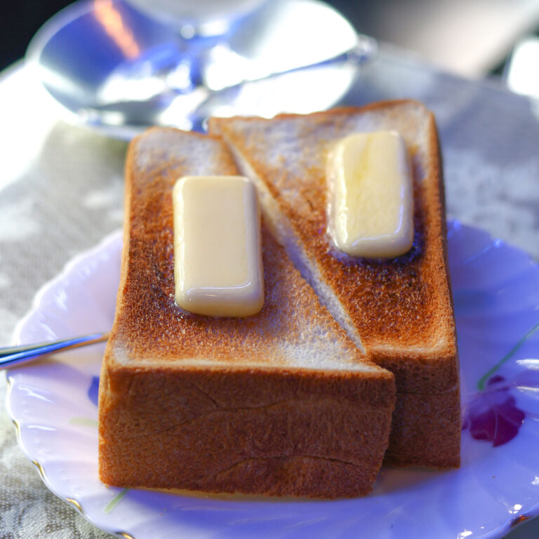 「トースト」500円