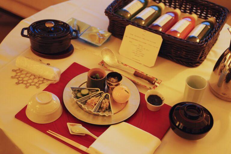 〈パレスホテル東京〉で2泊3日ファスティングプラン
