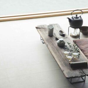 選んだ茶葉に合わせ、用意される茶の道具を愛でる楽しみも。購入できるものもある。
