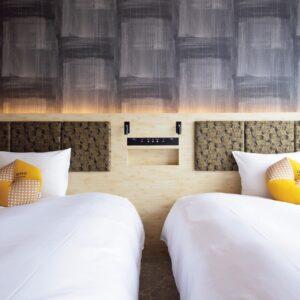 客室はおひとり様の泊まれる部屋もある。ルームキーは暗証番号で解除する最新システム。セキュリティ面でも安心。