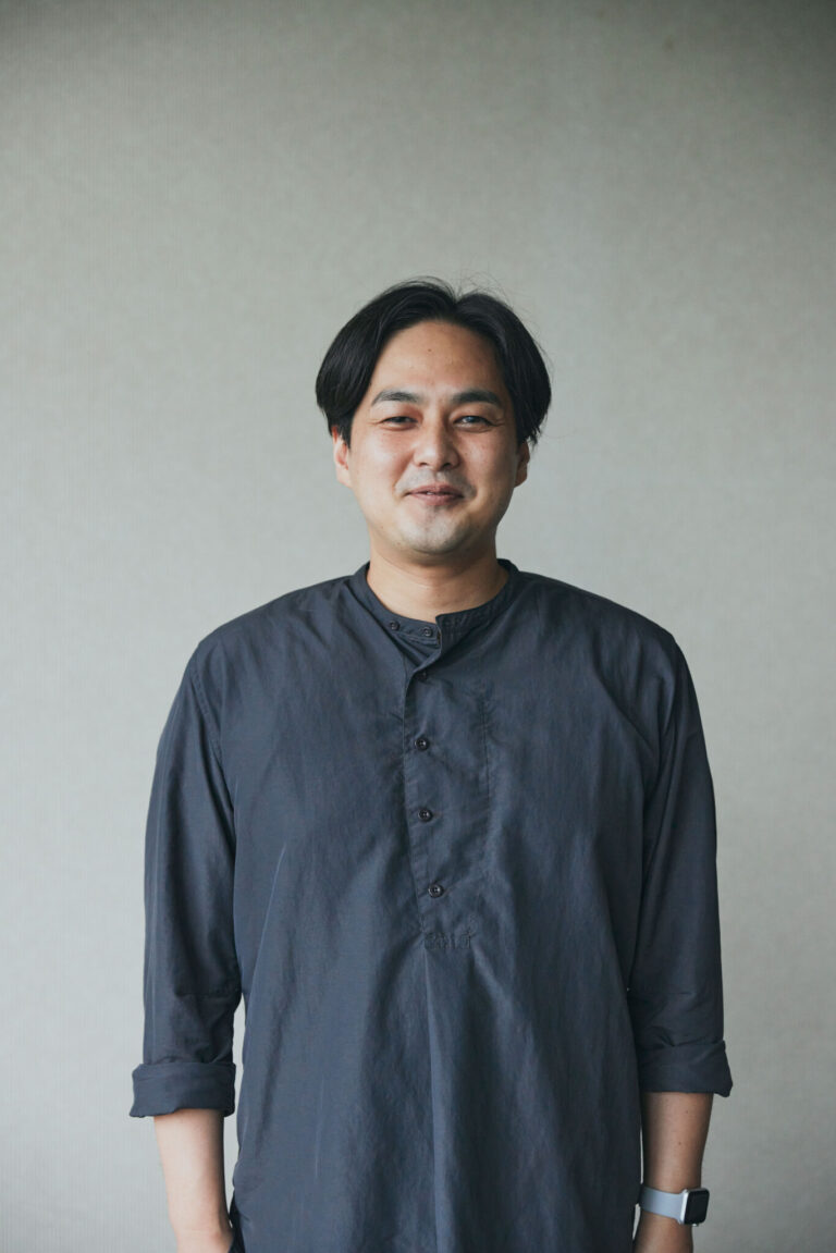 今回のレシピを考案してくださったのは、山田英季(やまだ・ひですえ)さん。and recipe料理人。著書に『冷蔵庫にあるもんで REIZOKO NI ALMONDE』(幻冬舎)など。Hanakoの料理特集の監修も務めている。