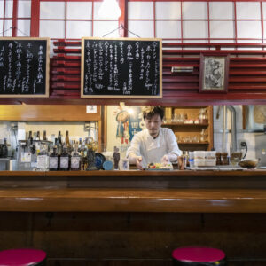 「中華の定番をそろえるのではなく、自分がおいしいと思う料理でメニューを構成しました」と店主の田中さん。