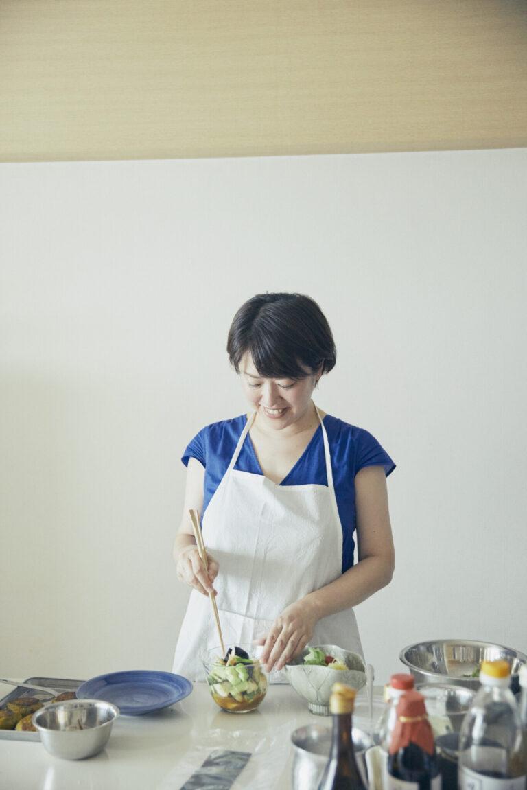 対面でもオンラインでも変わらず、料理へのさりげない工夫を会話に盛り込んでくれる小平さん。食への飽くなき探究心を感じさせる。