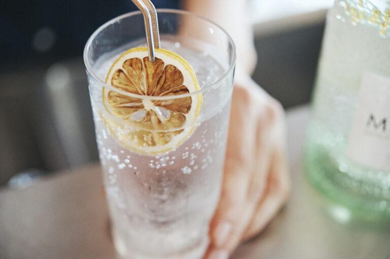 ノーチャージで、一杯の価格も800円、1,000円、1,200円の3パターンと明瞭。