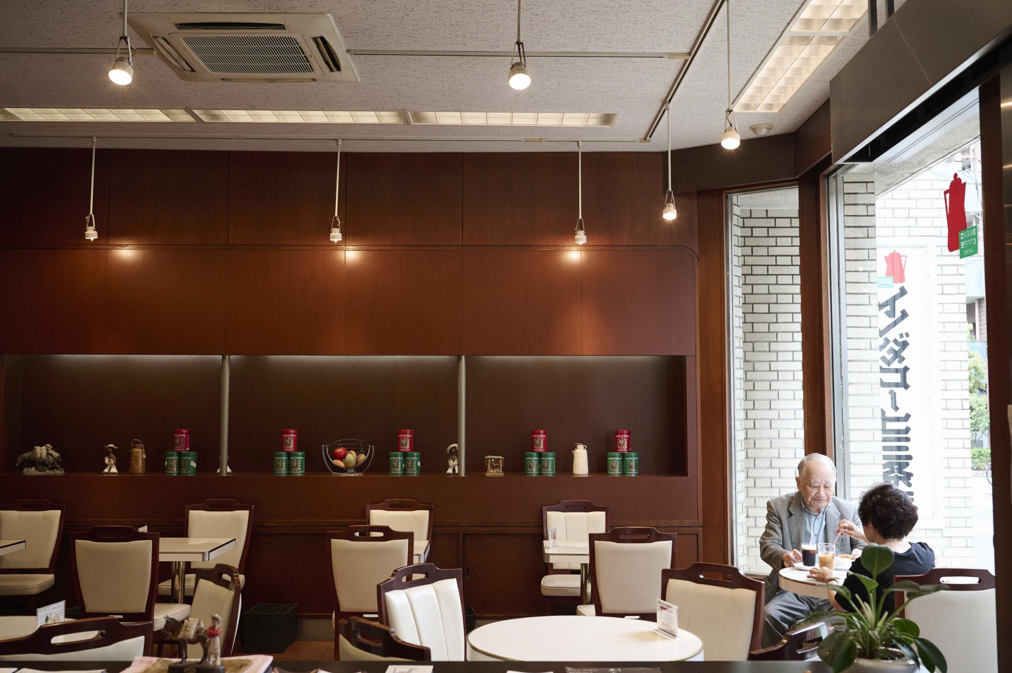 「イノダ行こか」が合言葉。京都喫茶のシンボル〈イノダコーヒ本店〉が長く愛されている理由。