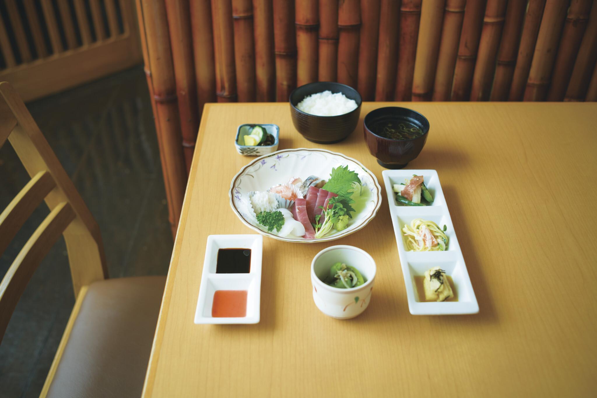 京都人が日常使いする食堂4軒。京都旅で食べたい「普段のごはん」。