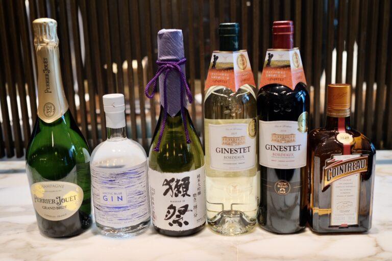 (左から提供された順番に)「N.V. Perrier-Jouët」「Arctic Blue Gin」「Dassai 23」「2019 Ginestet Bordeaux Blanc」「2018 Ginestet Bordeaux Rouge」「Cointreau」。