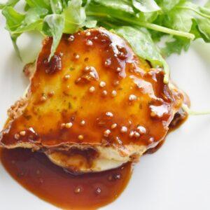 ピカタは、卵を付けて焼く調理法のこと。