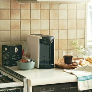 10月1日の国際コーヒーの日に合わせて発売された「ベトナム ダラット」産地の個性を引き出すドリップポッドで抽出すれば、甘みと清涼感のある爽やかさが引き立つ一杯に。