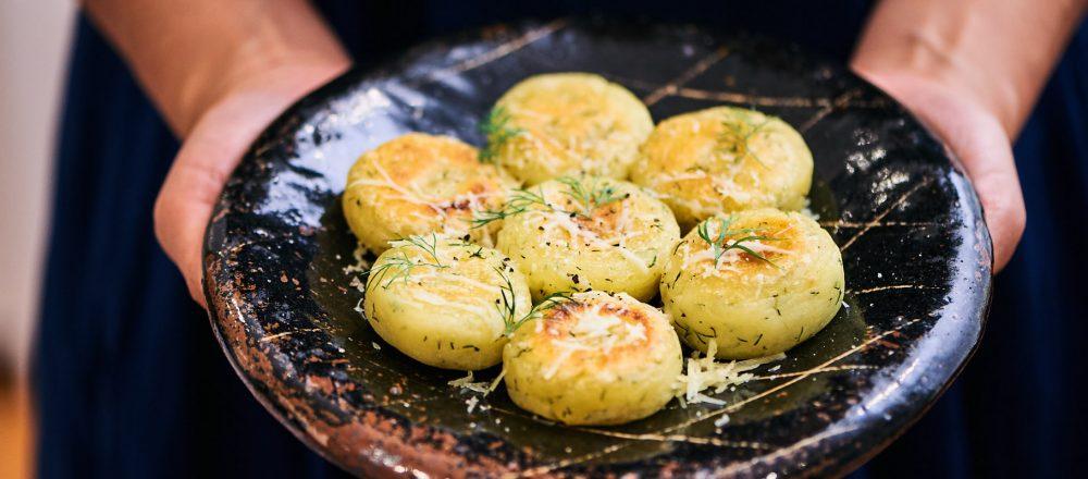 【北海道・しあわせチーズ工房『幸(さち)』 】のアレンジレシピ「幸のじゃがいも団子」