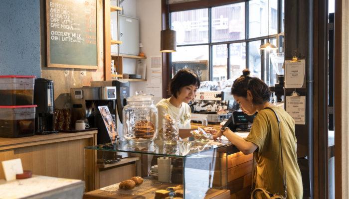 日本橋にコーヒースタンド急増中!ショッピング休憩に使いたいおしゃれカフェ4選