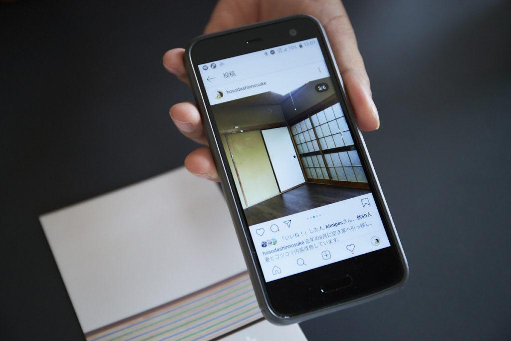 細田さん自身がDIY可の賃貸物件に入居し、奥さんとコツコツと改修しています。上の写真は入居当時(ビフォー)、下の写真は改装後(アフター)の様子。