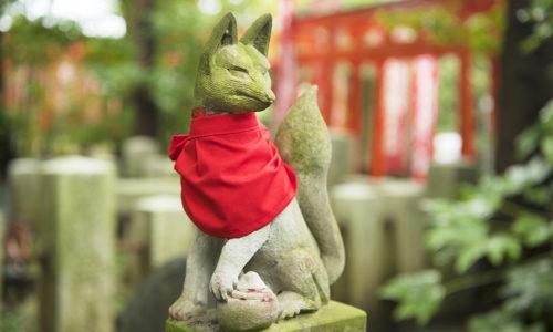 新東京百景のひとつにも数えられる東伏見稲荷神社を訪れる時は、青梅街道からも見える大きな赤い鳥居を目指して。■住所:東京都西東京市東伏見1-5-38 ■電話:042-461-1125
