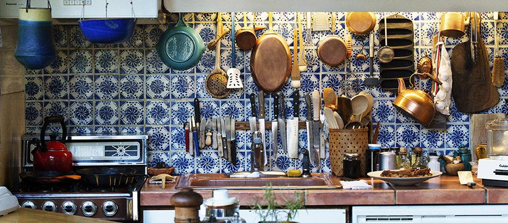 拜訪建築家內藤恒方與嬰子小姐,參觀他們耗費經年打造的開放式廚房
