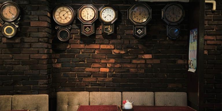 每間店都有值得細品的小歷史,跟著喫茶愛好者一起探訪隱身東京市中心的老咖啡館。