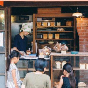【東京】傳奇名店〈Kaiju屋〉,新天地宛如在郊外野餐。