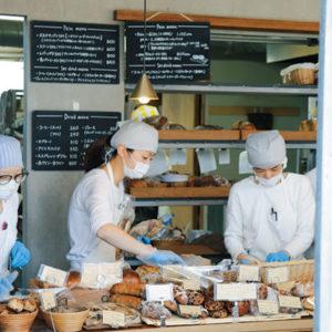 【東京】前往麵包迷嚮往的〈CICOUTE BAKERY〉。
