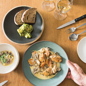 【東京】在熱門餐廳裡學到如何打造「美味時光」。