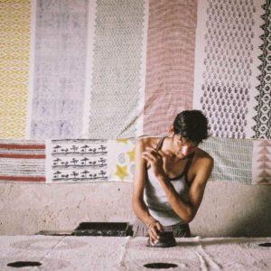 【column】為了深入手工木刻印染的獨到之美,我來到了印度的百年工藝村落「Bagru」