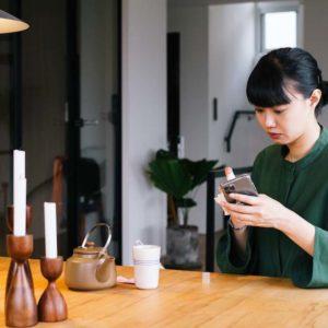 台灣女生的防疫生活|不是所有塑膠瓶都能裝酒精!時尚編輯防疫必備的3樣隨身小物
