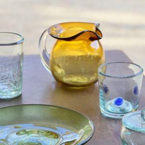 【沖繩】讓無法回收的破損玻璃變身為美麗器皿,老字號琉球玻璃工房——「奧原硝子製造所」