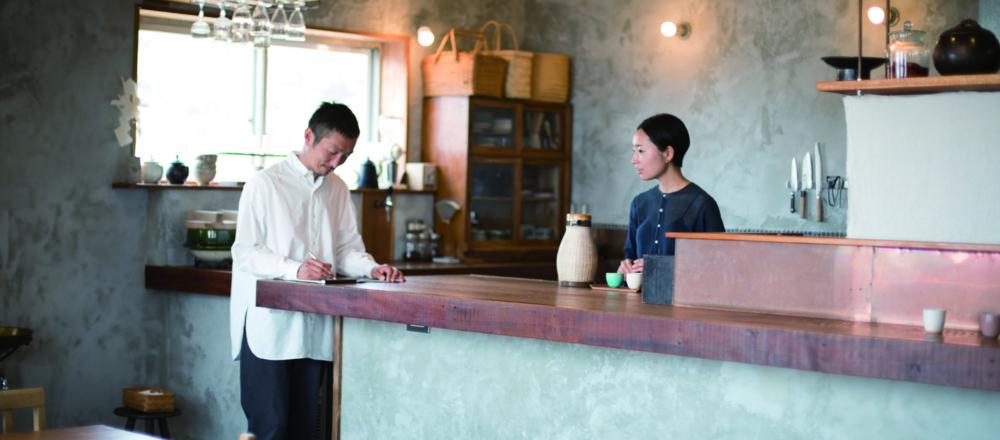 集結了兩人喜愛鎌倉點滴 海邊的旅館與生活
