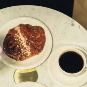 【京都】住北歐風格膠囊旅館,在京都喝喝咖啡走走看看!