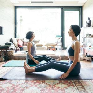 聆聽內心的聲音,找到屬於自己的生活節奏——專訪「曖曖。內含光 氣味實驗室」主理人Taffi x 名模劉欣瑜