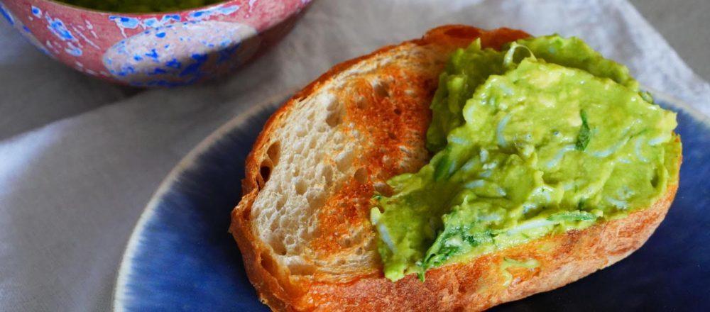 不必開火的簡單食譜!超搭麵包和涼拌豆腐的「魩仔魚墨西哥酪梨醬」-Hanako Taiwan