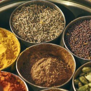 【京橋】人潮絡繹不絕的超人氣餐廳!在大眾餐館〈Dhaba India〉發現南印度美食