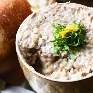 美味罐頭料理!露營也能輕易上手的「個人露營餐」食譜