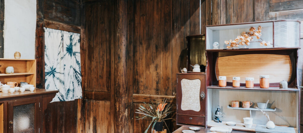【Column】器皿拜託拿來用!鹿港九曲巷內的百年古厝茶館:力野茶陶所-Hanako Taiwan
