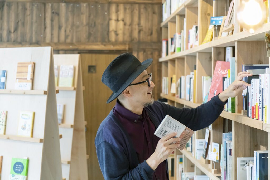 6-城崎溫泉藝廊「MMM」的老闆田口幹也 也是承租人之一